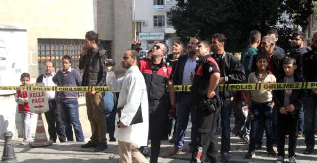 Şanlıurfa'da İki Suriyeli Gazeteci Kafaları Kesilerek Öldürüldü