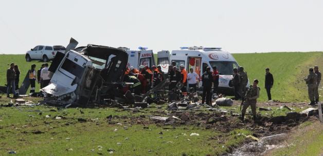 Diyarbakır'da askere saldırı; 6 şehit, 1 yaralı