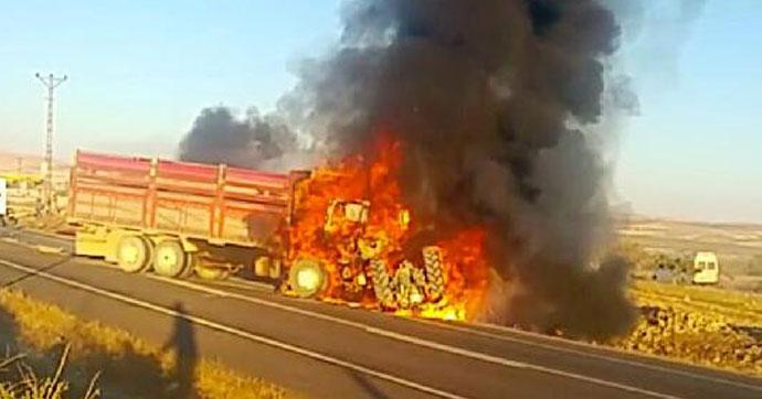 Kamyon Tarım İşçilerini Taşıyan Traktöre Çarptı: 1 Ölü 25 Yaralı