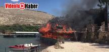 Şanlıurfa Halfeti'de Duba Restoran Yandı