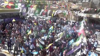 Pervin Buldan Urfa'da: AK Parti düştü düşecek!