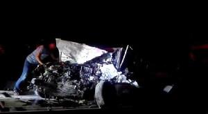 Birecik'de Trafik Kazası: 2 Ölü, 2 Yaralı