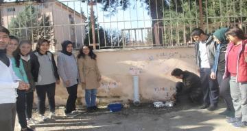 Öğrencilerden sokak hayvanları için örnek proje