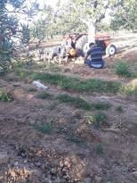 Traktör ile pulluk arasında feci ölüm