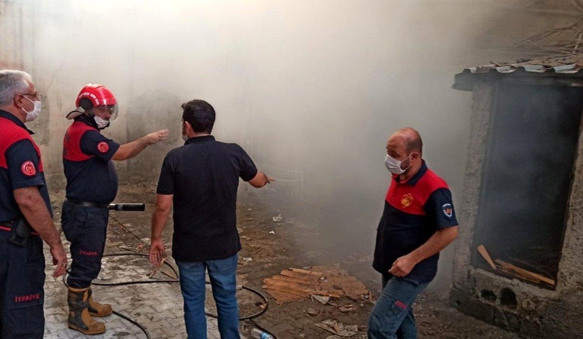 Son Dakika   Depoda çıkan yangın söndürüldü